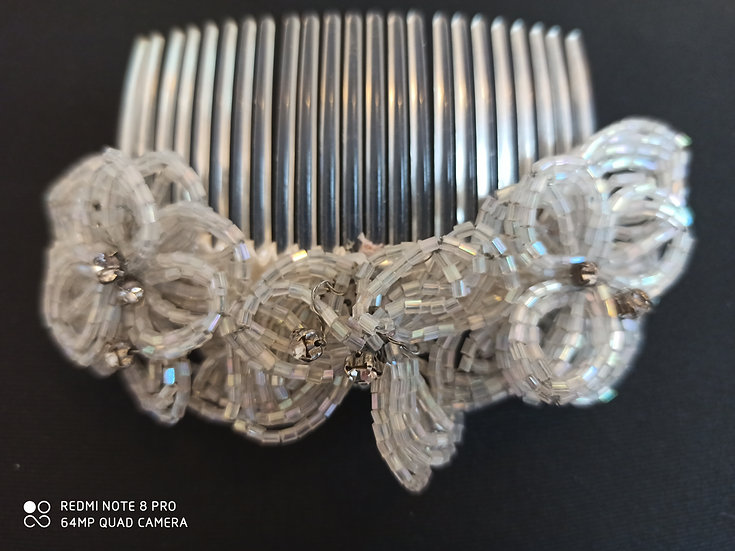 Bead flower hair comb