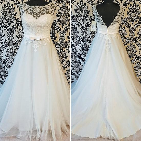 Size 16 sample ivory beaded tulle ballgown wedding dress
