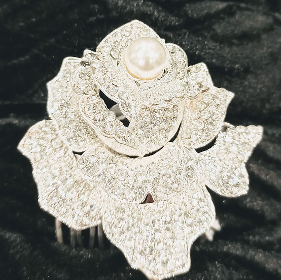 Diamante flower hair comb