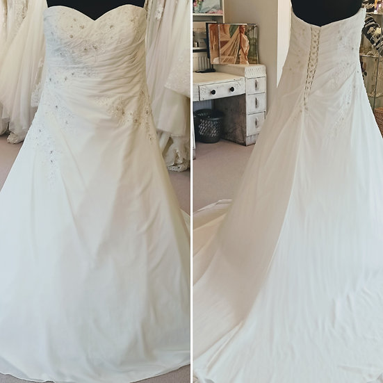 Size 22 House of Nicholas chiffon A-line wedding dress with a lace-up back