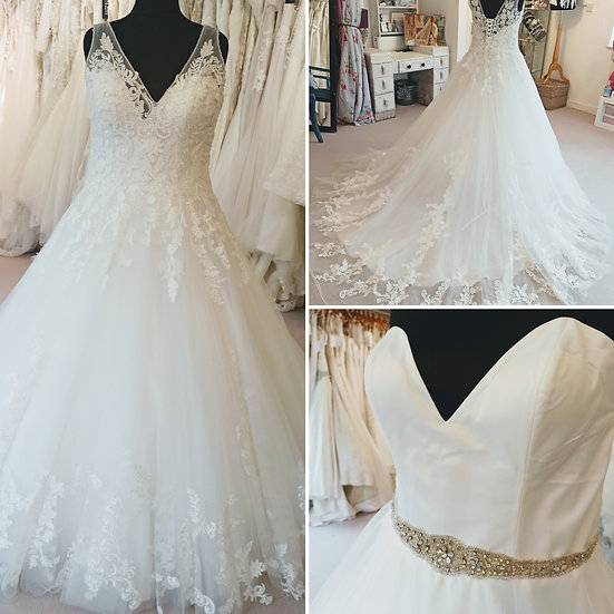 Size 20 Victoria Jane 2-in-1 wedding dress with a removable lace top layer