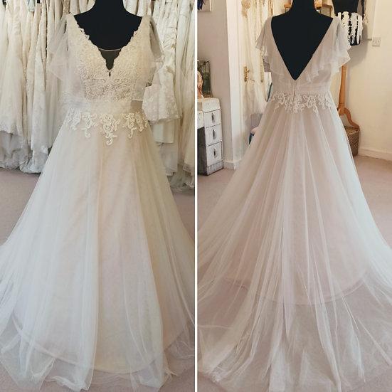 Size 18 British Bridal boho-style blush lace and tulle wedding dress