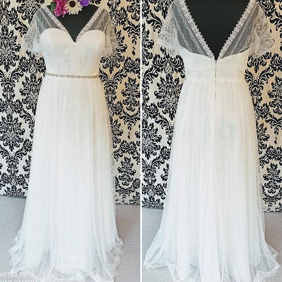Size 16 Bianco Evento 'Cosma' boho-style wedding dress