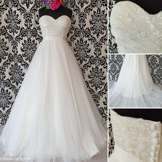Size 18 Benjamin Roberts lace 7 tulle strapless ballgown wedding dress