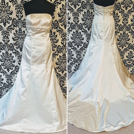 Size 12 satin fit & flare wedding dress with matching bolero jacket