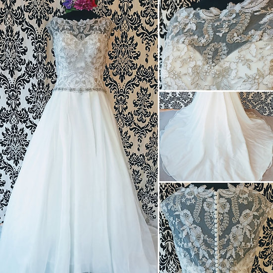 Size 10 David Tutera lace & organza ballgown wedding dress