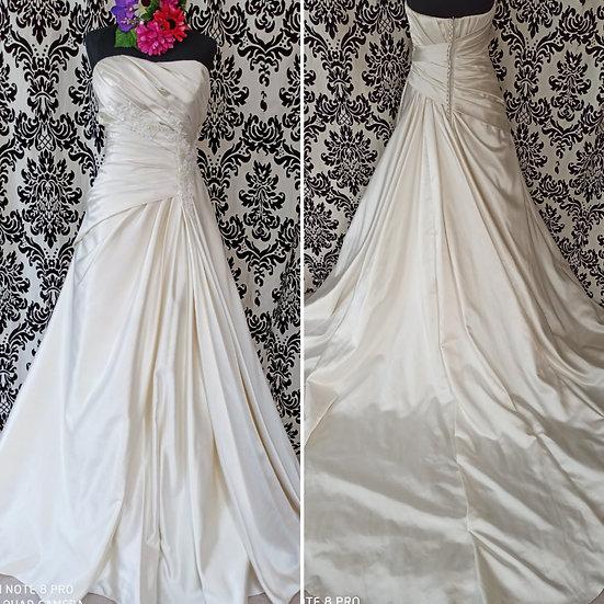 Size 14 Red Rose Bridal satin A-line wedding dress