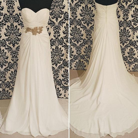 Size 12 sample ivory chiffon wedding dress with removable sash