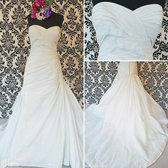 Size 14/16 Red Rose Bridal mikado fit & flare wedding dress