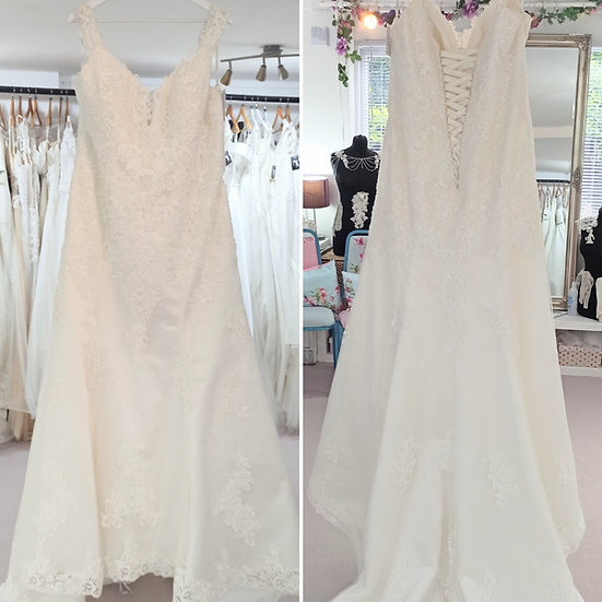 Size 26 Gaia 'Emily' lace fit and flare off-the-shoulder wedding dress