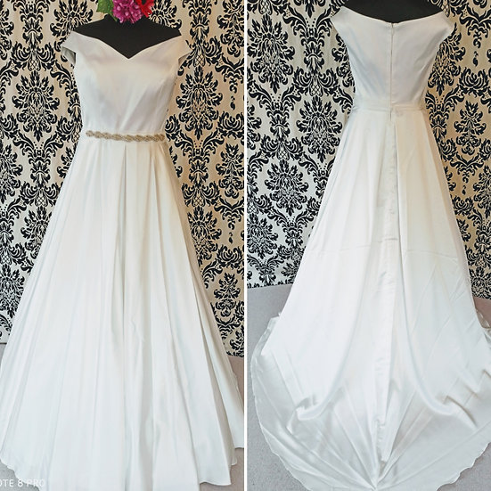 Size 18 new Bianco Evento  off-the-shoulder wedding dress (8-18 available)