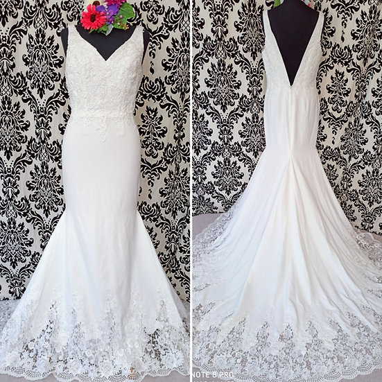Size 10 / 12 crepe fit and flare bead and lace wedding dress