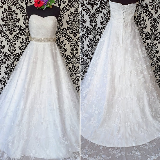 Size 24 lace strapless ballgown wedding dress