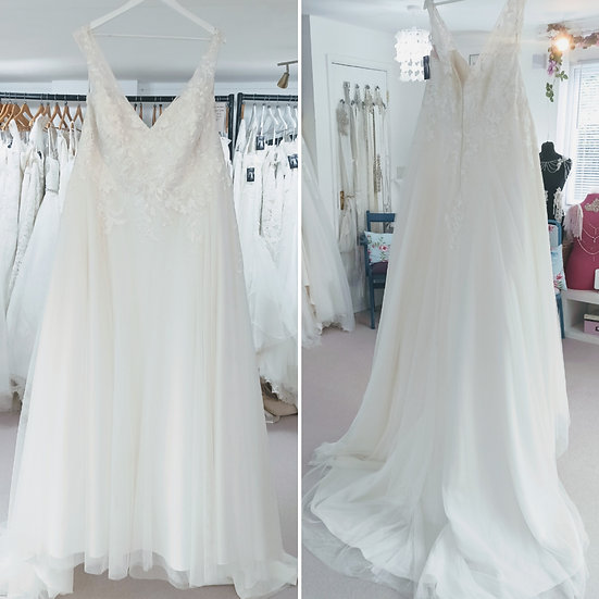 Size 28 Millie Grace 'Clarise' ivory ballgown wedding dress