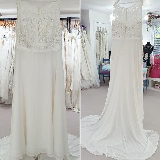 Size 28 Millie Grace simple boho ivory wedding dress