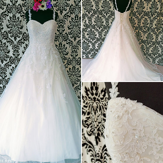 Size 14 Anna Sorrano ivory lace ballgown wedding dress