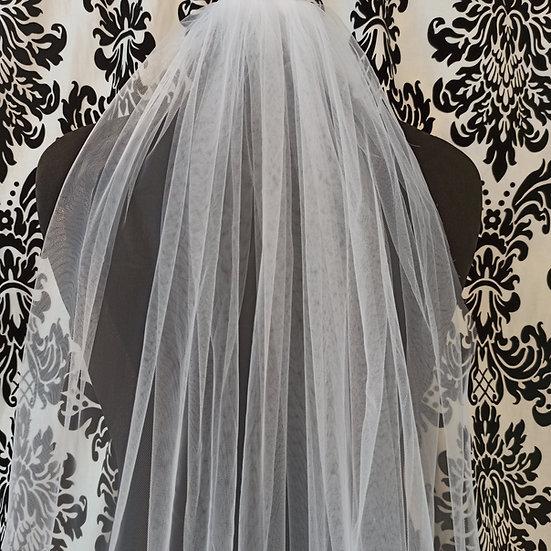 Long single layer ivory veil approx 275cm