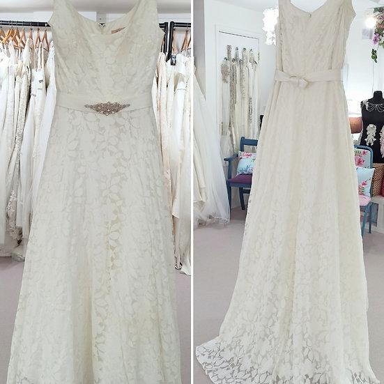 Size 28 Millie Grace 'Alice' ivory floral 50s style wedding dress