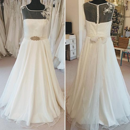 Size 20 Phillipa Grace ballgown wedding dress