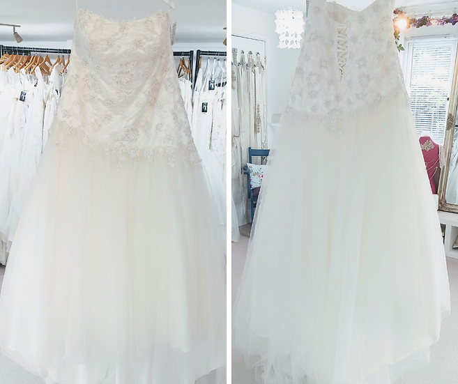 Size 24 Sonsie 'Ella' lace fit and flare wedding dress