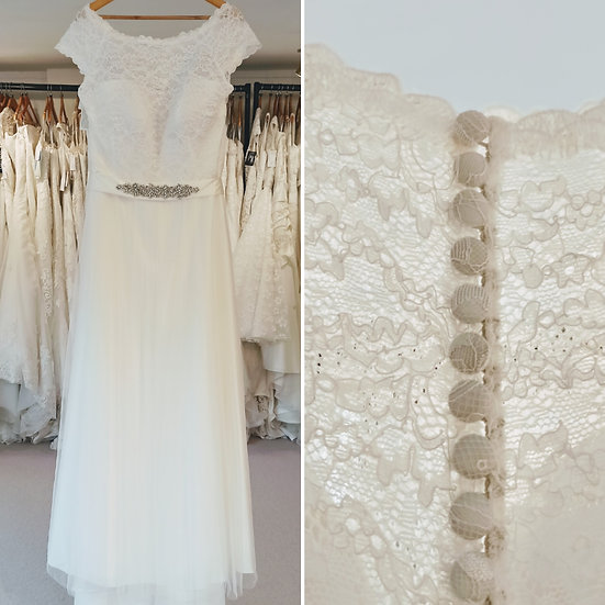 Size 26 Bianco Evento 'Bellisa' lace and tulle wedding dress