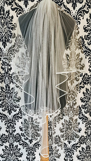 Ivory double-layer fingertip veil with sparkle ribbon edge