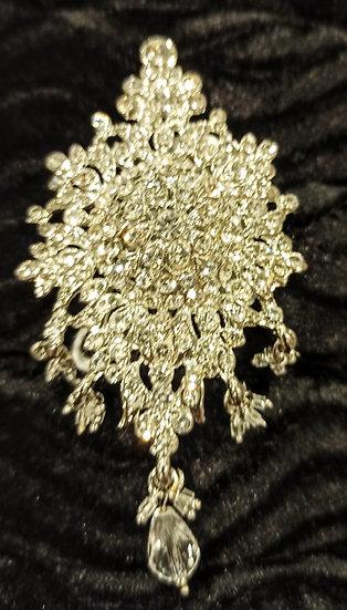 Vintage-style diamante hair comb