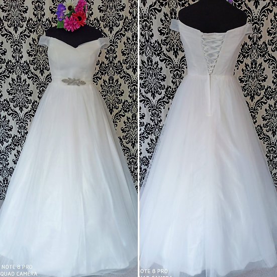 Off-the-shoulder pale ivory tulle ballgown wedding dress size 14