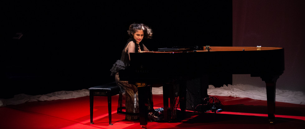 Eve Egoyan : Solo for Duet