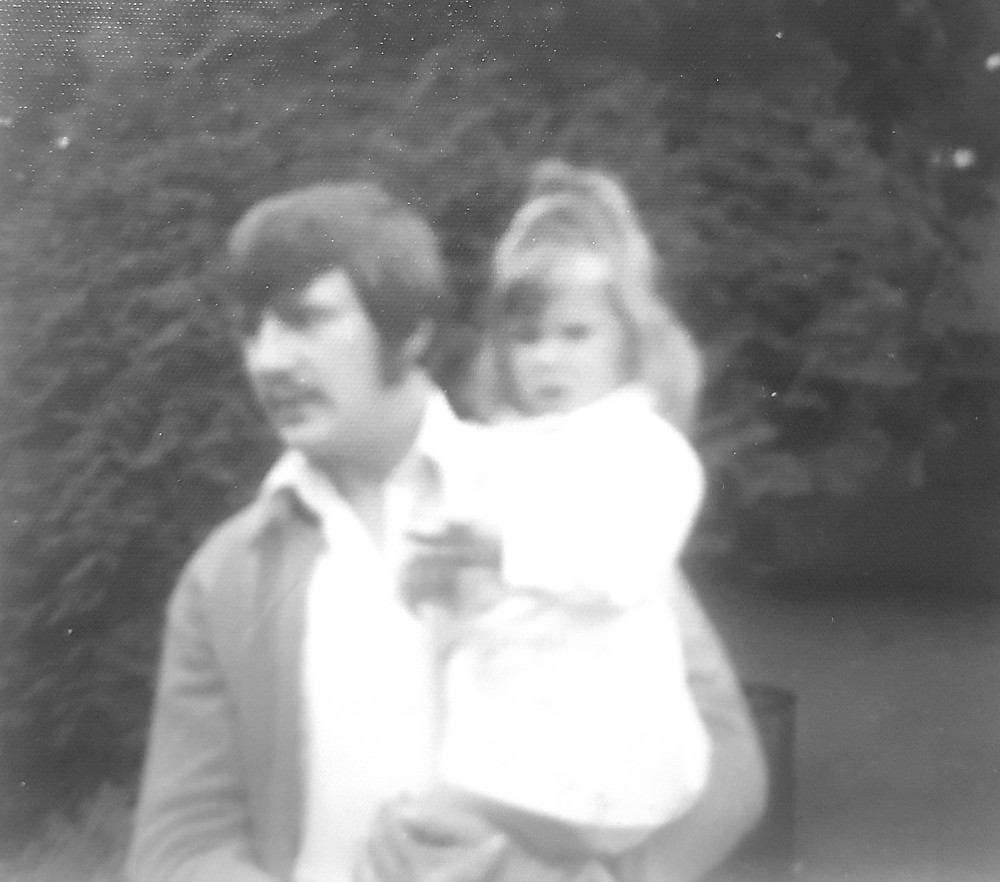 1975 me and my Dad