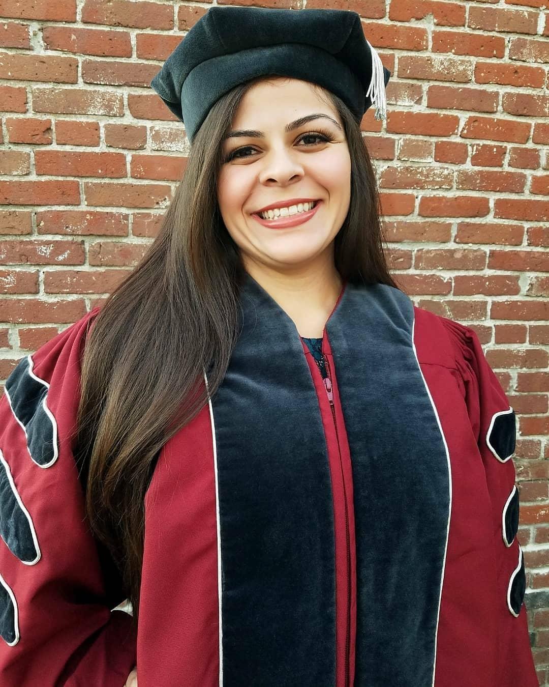 Dr. Bianca Barrios