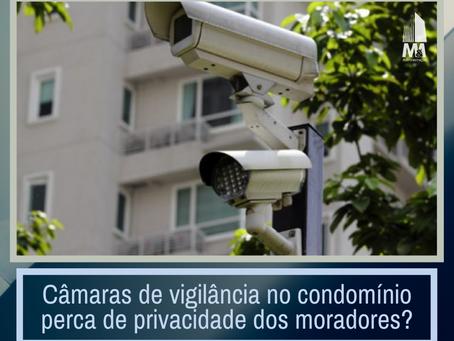 Câmaras de vigilância no condomínio perca de privacidade dos moradores?
