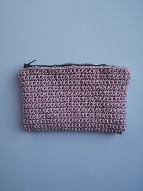 light purple crochet zip purse