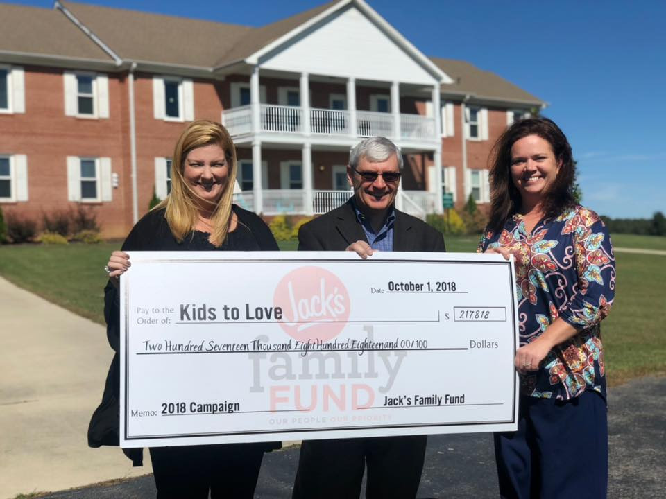 Kids to Love's receives check from Jack's Family Fund