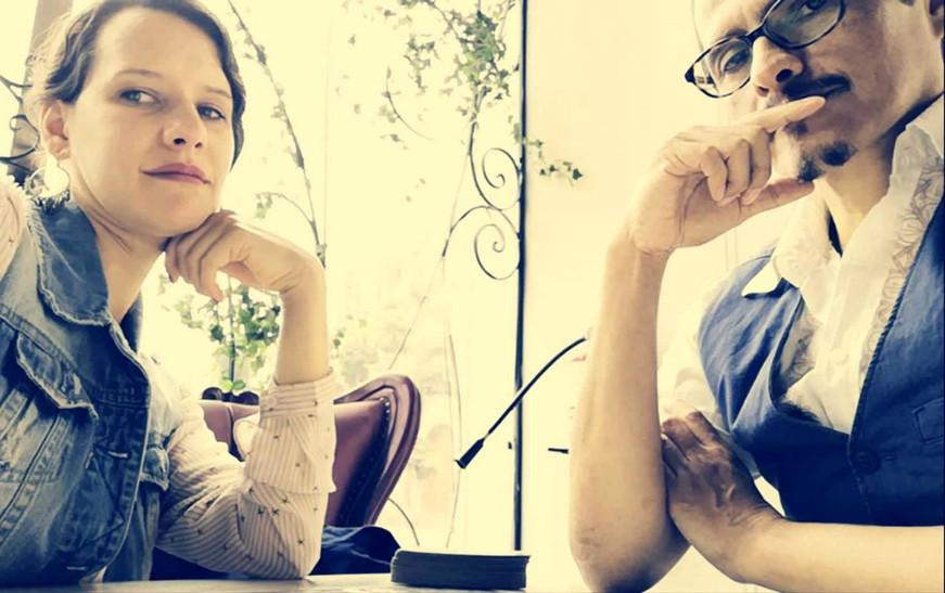 retrato thotse y adita_edited.jpg