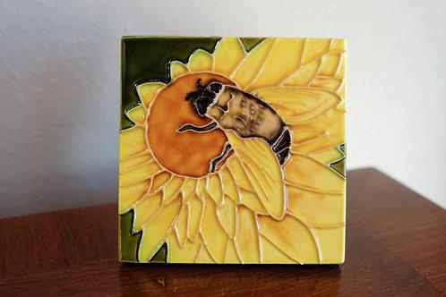 Bee Tile