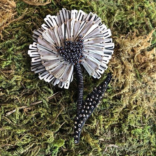 Trovelore Ruffle Flower Brooch