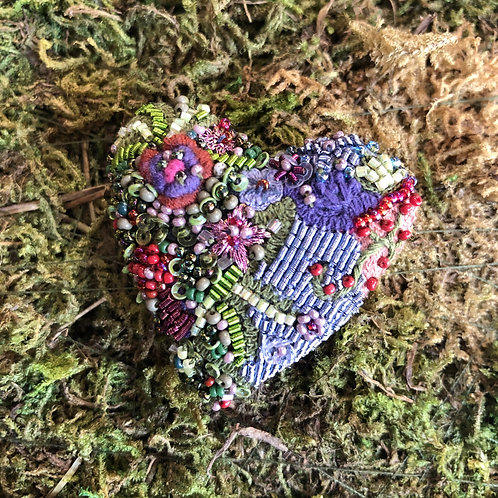 Trovelore Blooming Heart Brooch