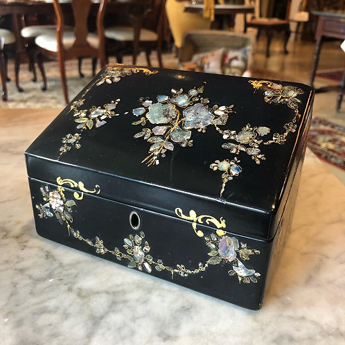 Small Mache Box with Mother-of-Pearl Inlay