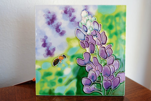 Blue Bonnet & Bee Tile