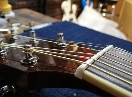 初心者向けギターの販売はじめました