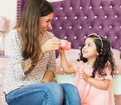 How-to-Hire-an-Awesome-Nanny_Featured-Im