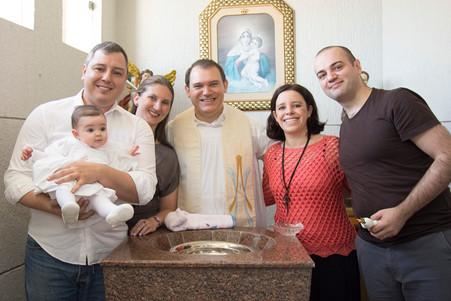 Batizado da Valentina - Paróquia Sagrada Família