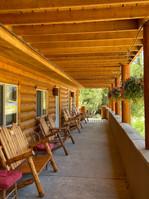 Inn at the Lake Patio