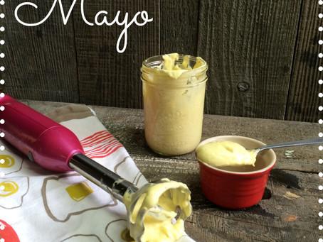 Simple Homemade Mayonnaise (Paleo)