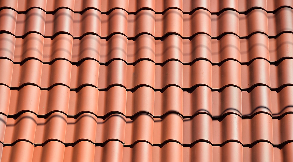 clay tiled roof up close image