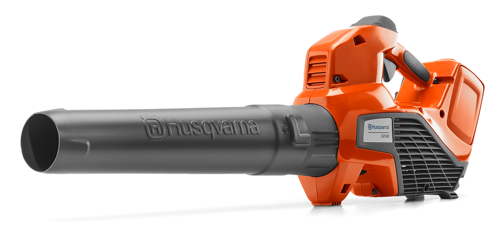 leaf blower for removing snow from solar panels