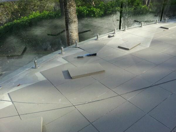 Rosebay Pool Floor tile 1/2