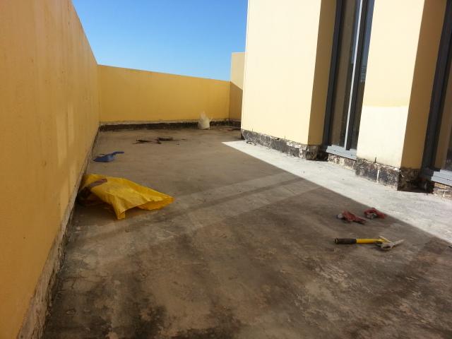 Glebe balcony floor tile 1/2
