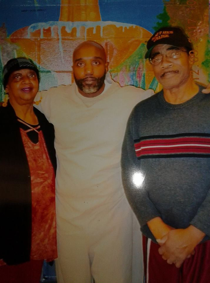 Photo of Jermaine Doss and his parents